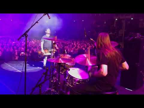 CHAD CHANNING NIRVANA  live in TALLINN