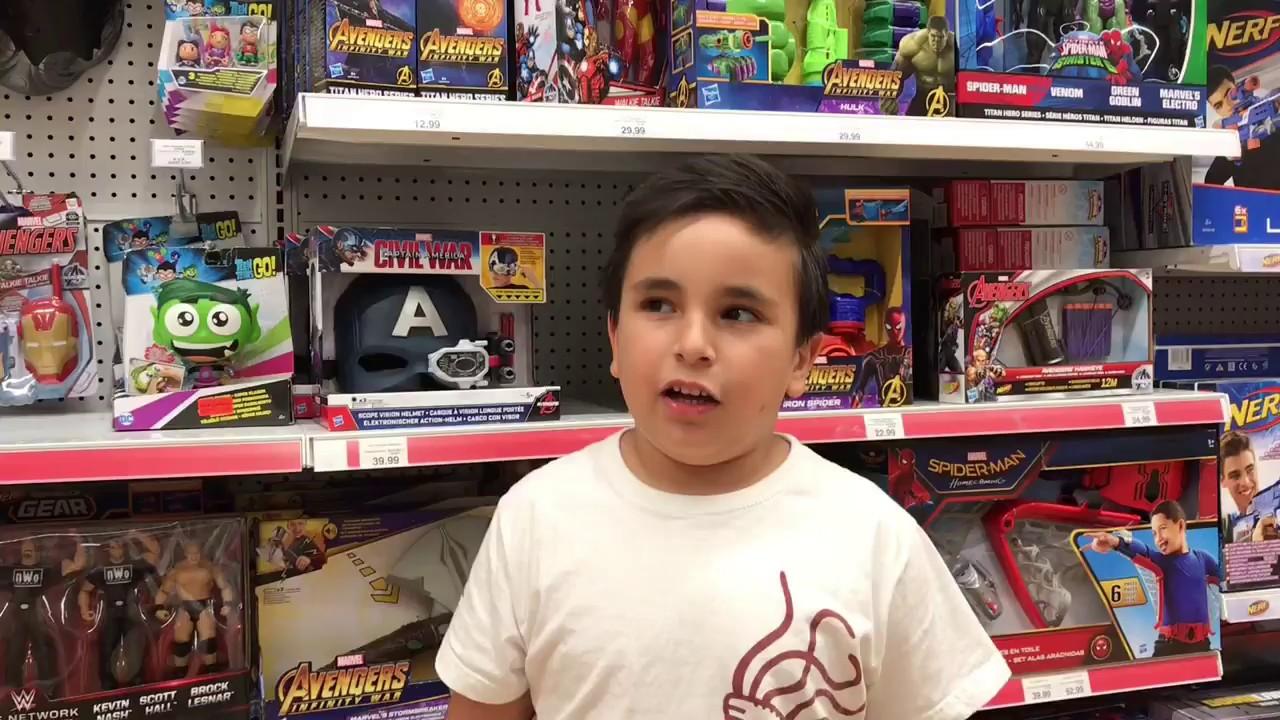 Jurassic World, Lego City y muchos juguetes más - YouTube