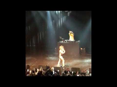 Arms Around You- Lil Pump Live (rip XXXTENTACION)