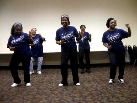 Wobble Line Dance with SlideShow