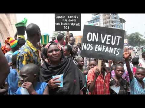 Bamako Samedi Photo du 31.05.2014 : Moussa Kalapo, slogans des manifestations à Bamako