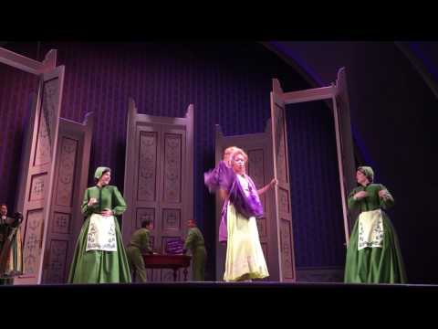 """Frozen"" the musical: full revamped version at California Adventure"