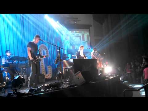 Steven Curtis Chapman ft Laura Story and Jason Gray
