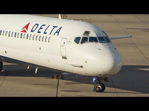 RAMP ACTION DETROIT I Delta Air Lines Narrowbody