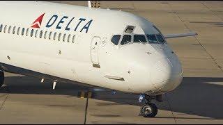 RAMP ACTION DETROIT I Delta Air Lines Narrowbody thumbnail