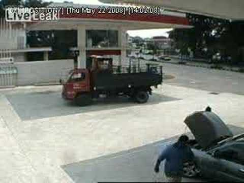 Snatch Thief In Sg. Petani
