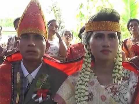 VIDEO Mangulosi di Pernikahan itoku Ratih...