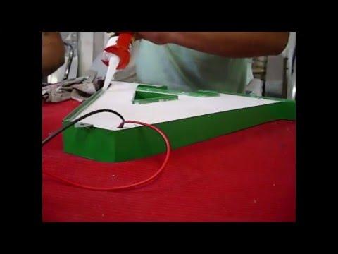 Como se hacen letras corporeas de acrilicos, chapa y leds / letterSystems