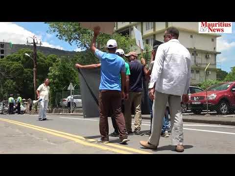 Mauritius News: La force policière manifeste à Port Louis