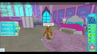 roblox playing by : zyiahboo1