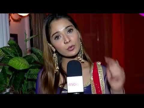 Bigg Boss 11  Sara Khan Lashes Out At Hina Khan S Behaviour, Says  Be A Good Human Being  2017