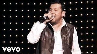 Roberto Tapia - Los Amigos Del M (En Vivo Nokia Theater Los Angeles 2010)