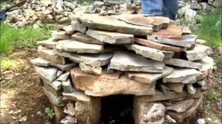 Steinhütten im Triestiner Karst