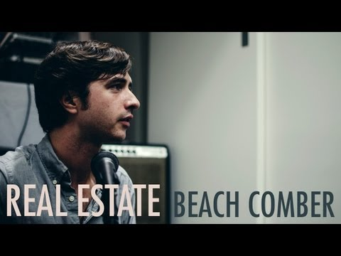 Real Estate - Beach Comber - Acoustic Live (NYC Fashion Week 2011)