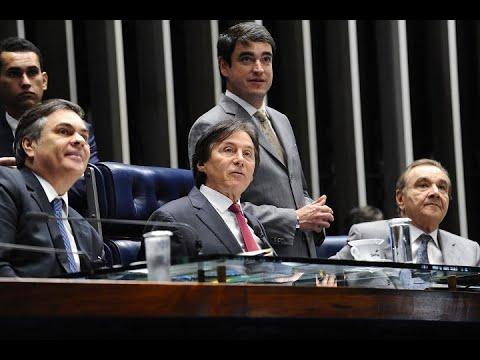 Eunício Oliveira anuncia decisão do MEC de criar cinco novas faculdades de medicina no Ceará