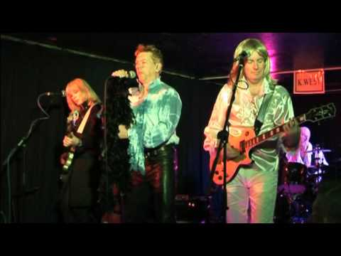 BowieD - The Stars (Are Out Tonight) David Bowie Convention 2014