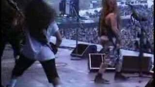 Sepultura - Policia (Titãs Cover) Live at Castle Donington 1994 Thi...