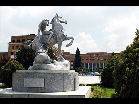 Politización y empobrecimiento de la universidad española: la Universidad Complutense