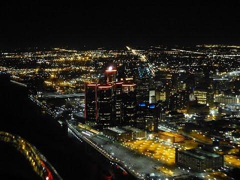 Night Flight Detroit - Landing At Metro Airport KDTW