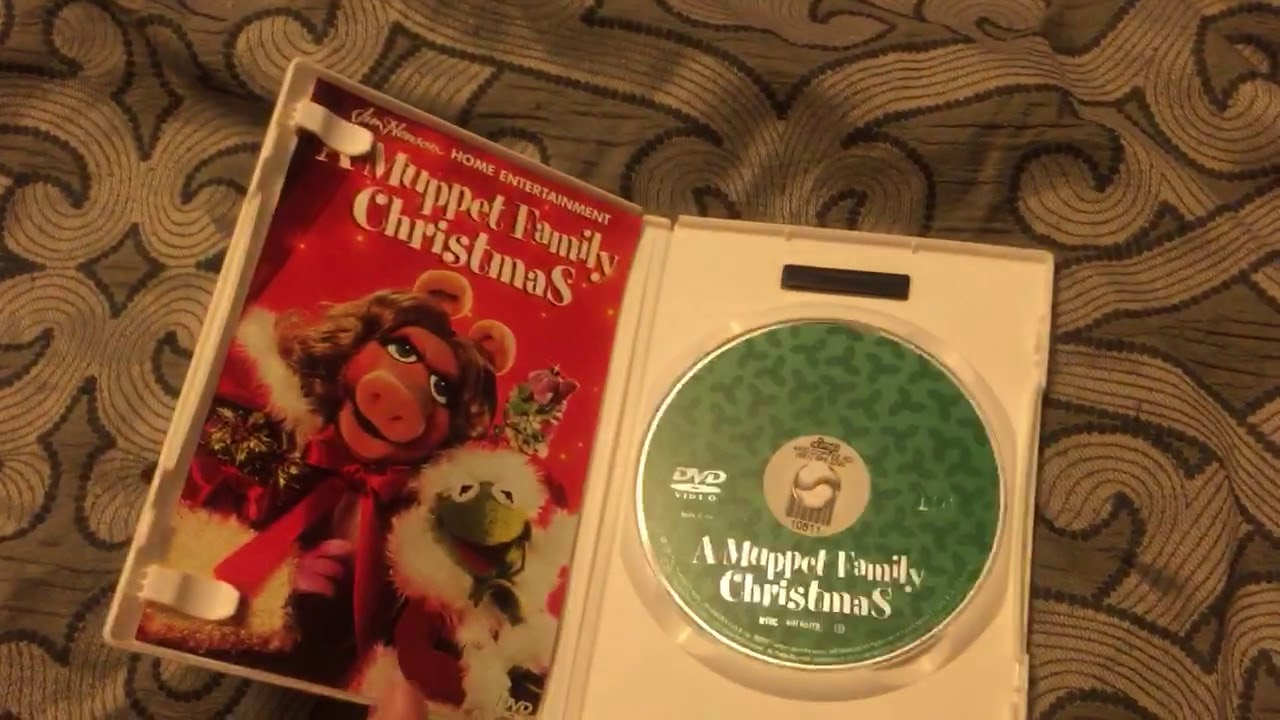 a muppet family christmas dvd review