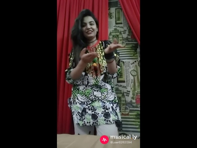 Punjabi Girl Funny Whatsapp Status - Punjabi Fun Status for Whatsapp & Facebook