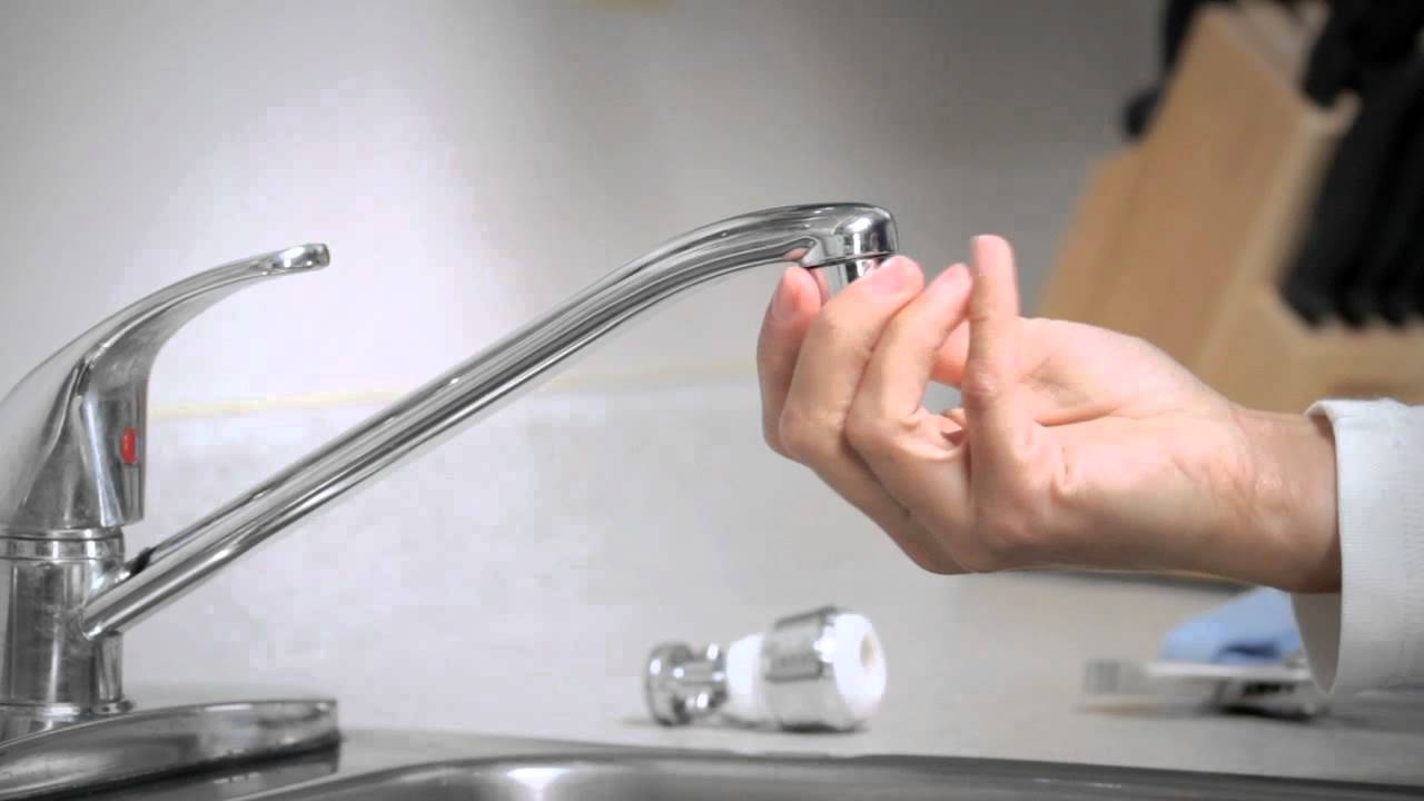 how to install a faucet aerator youtube. Black Bedroom Furniture Sets. Home Design Ideas