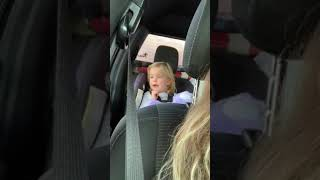 GIRL SINGS DRAKE& 39 S MONEY IN THE GRAVE PERFECT IN THE CAR