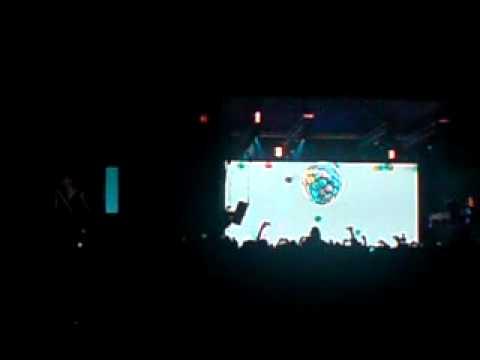 Depeche Mode - Policy of Truth - Costa Rica 2009 [Ninjai]