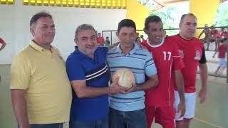 Quixeré: Prefeito Bessa inaugura quadra da Vila Nova em Lagoinha