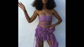 #Solange made a Purple Dress out of Yarn! #Beyonce's sister was inspired by Carlota Guerrero!