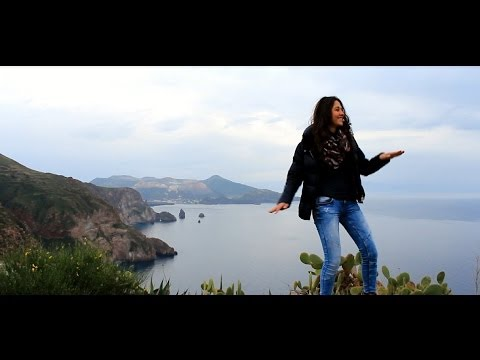 Pharrell Williams - Happy ( We Are Happy From LIPARI ) Official Eolie #HAPPYDAY