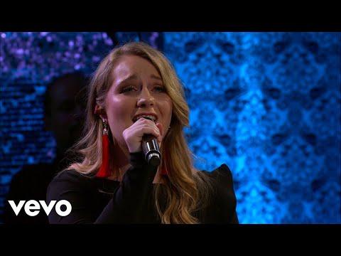 Maggie Beth Phelps - Gesu Bambino (Live)