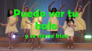 Halo  Walking On Sunshine - Glee cast (Traduccion en español)