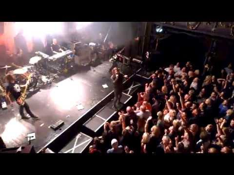 Embrace - Ashes live at Holmfirth