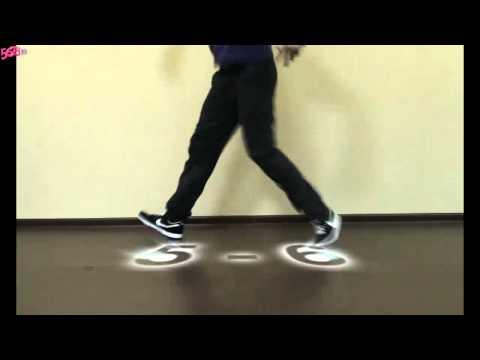 Парень КРУТО танцует.Учимся танцевать ))))