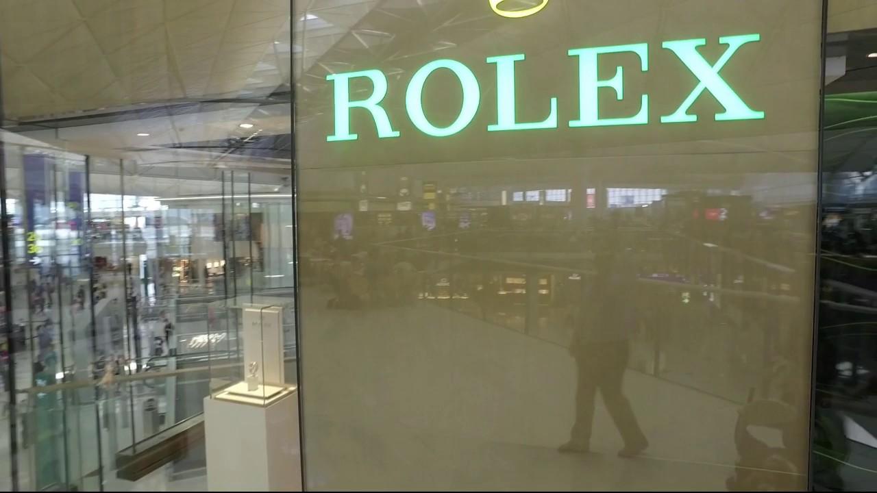6ce01d96670 BEST ROLEX WATCH SHOP IN THE WORLD - Rolex Hong Kong Airport - YouTube