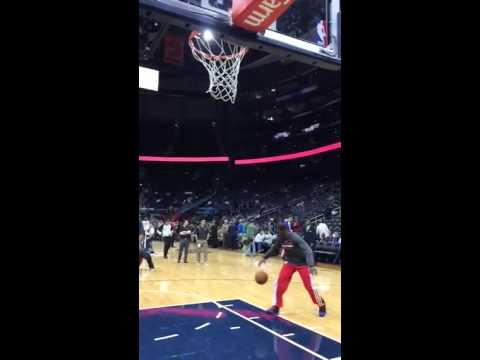 DeAndre Jordan dunk pregame in Atlanta
