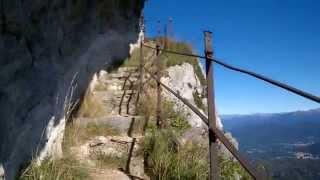 Varese - Campo dei fiori - sentiero parete di roccia