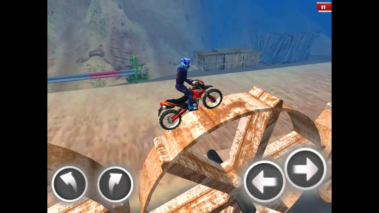 je joue avec mon pote qui un jeu de moto cross youtube