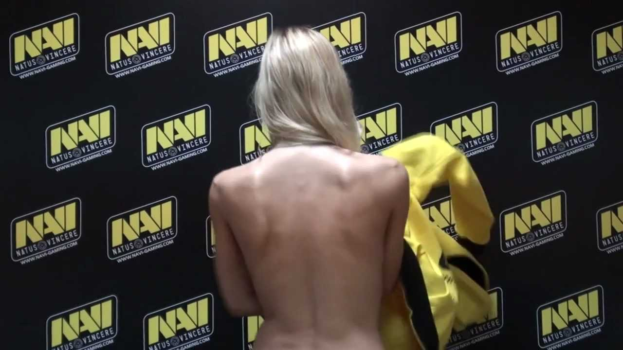 NaVi Hoodie Review By Polina With English Subtitles YouTube