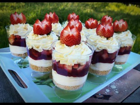 Strawberry Cheesecake Dessert Cups