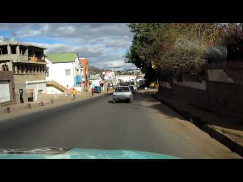 Driving from Antananarivo Airport (TNR) to downtown on airport road