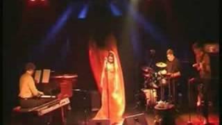 Susanne Grütz und Band / Drei Rosen im Tee - Teil 1