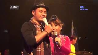 Download Mp3 Dinding Kaca - Om. Mercy - Voc. Jagat Ariani & Jacky Hasan