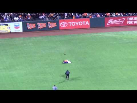 Angel Pagan Body Slams Fan Running onto the Field at the 9/30/16 San Francisco Giants