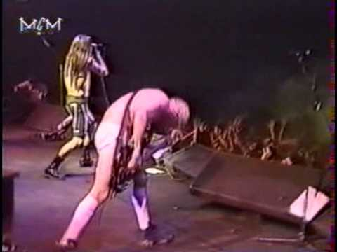 Red Hot Chili Peppers - Fopp (The Ohio Players) [Live, Mt Smart Supertop - New Zealand, 1992]