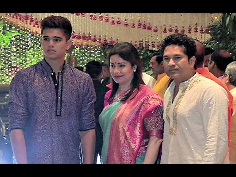 Sachin Tendulkar With Wife Anjali And Son Arjun At Mukesh Ambani Ganpati Chaturthi Puja