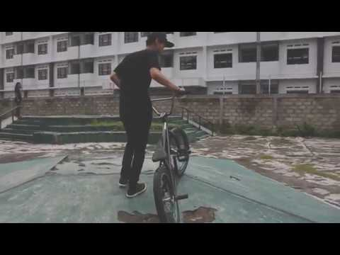 Eland Erlangga HOREthepeople BMX using WEthepeople BMX