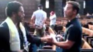 WATCH THIS Lenny Kravitz Does HBO s Entourage on set   Premiere with Jeremy Piven   more... (Part 1)