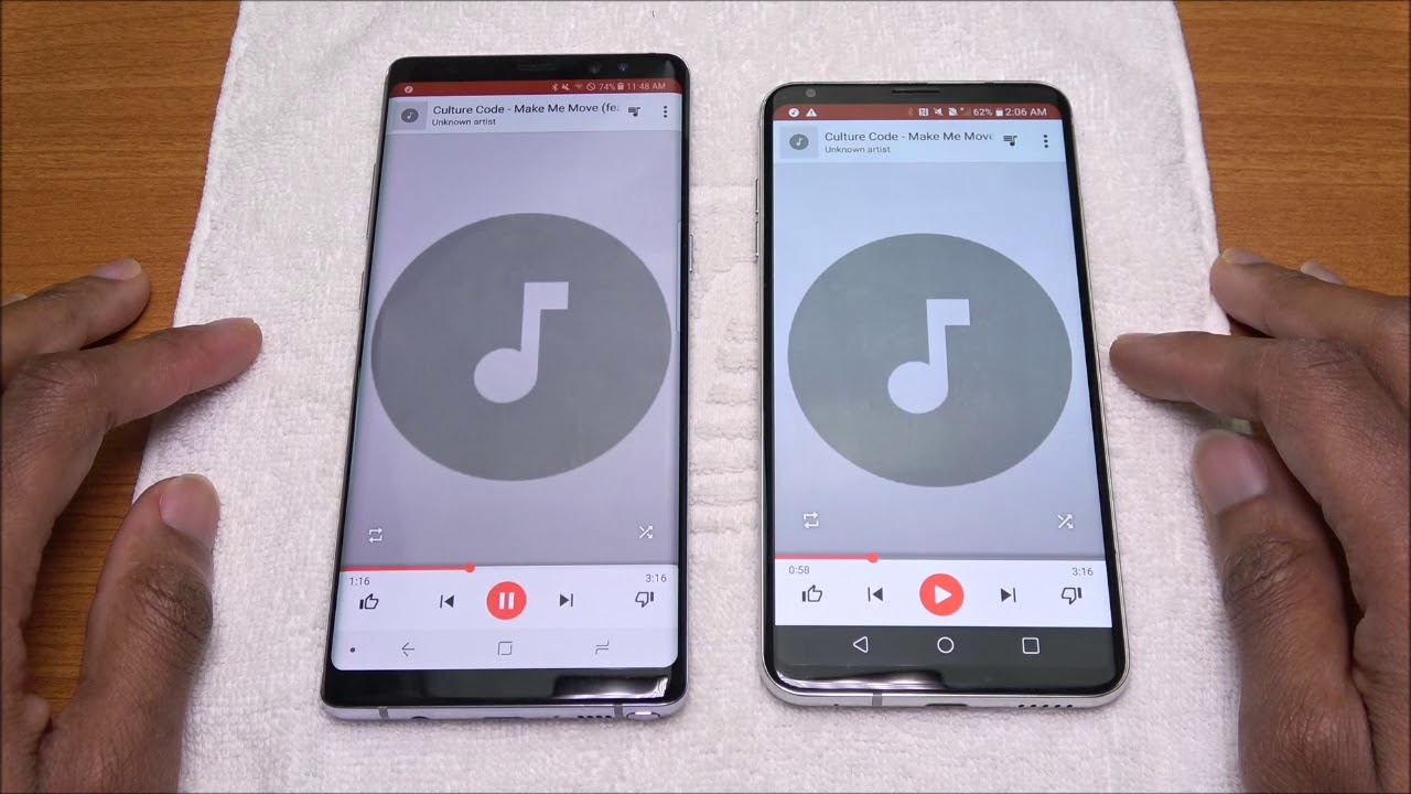 Galaxy Note 8 Vs LG V30 Speaker Test